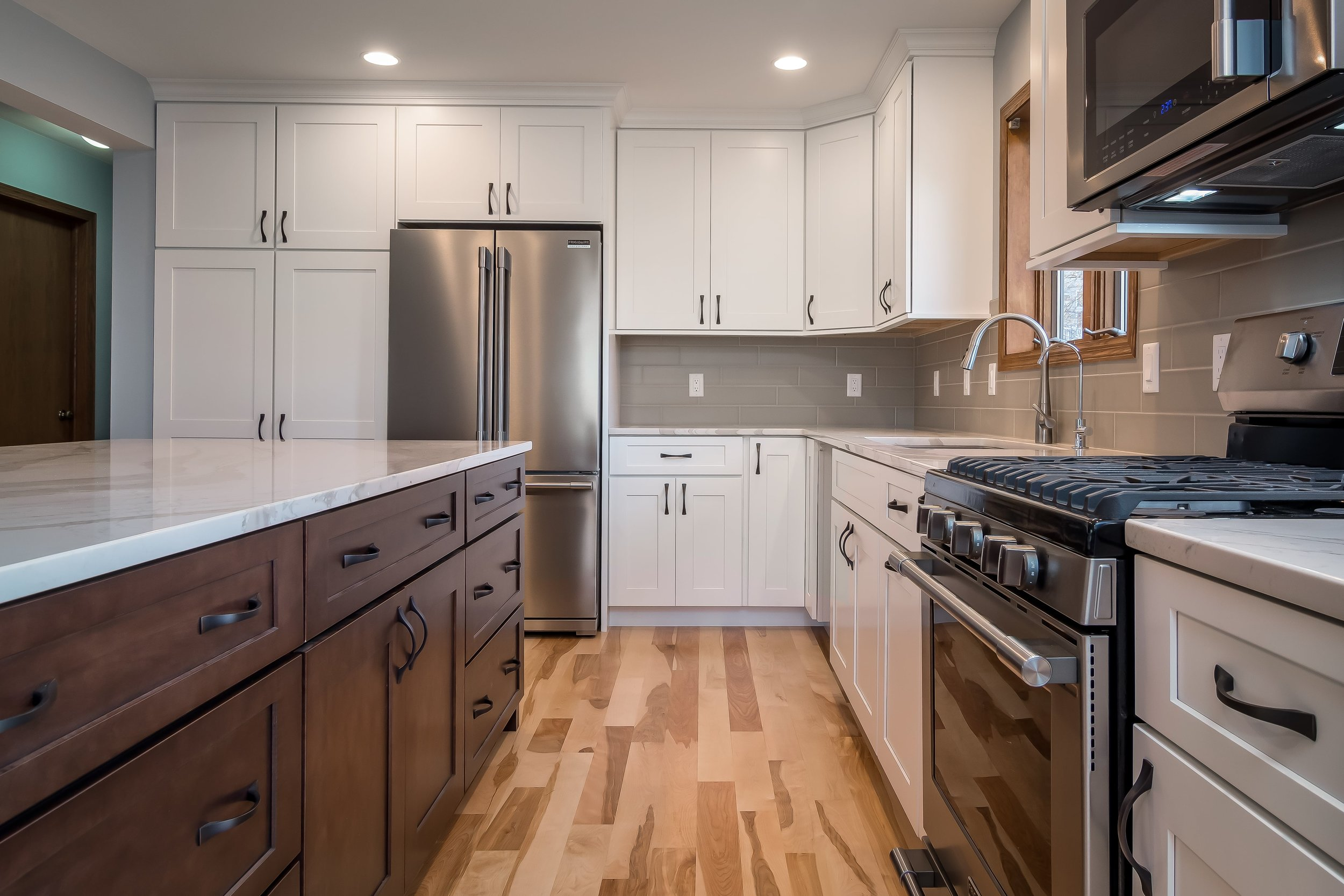 kitchen-remodel-makover-hardwood-white-gray-cottage-grove-wi-4-min.jpg