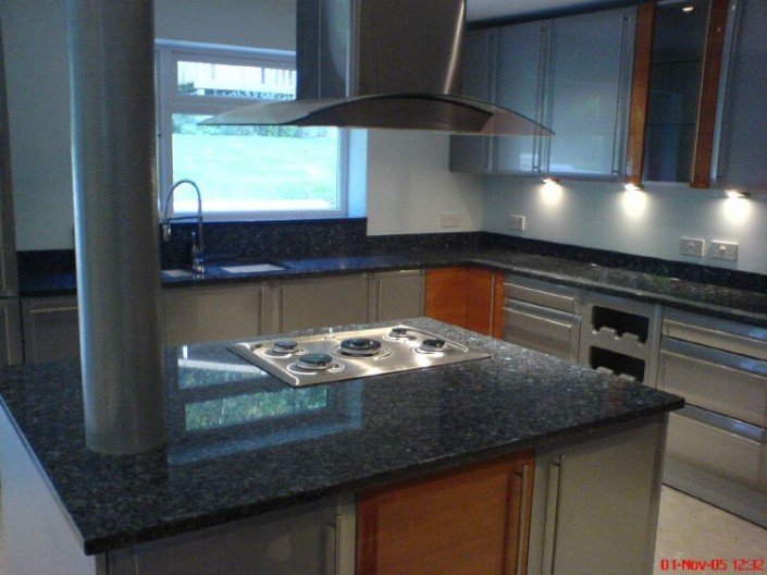 Blue-Pearl-Granite1-705x528.jpg