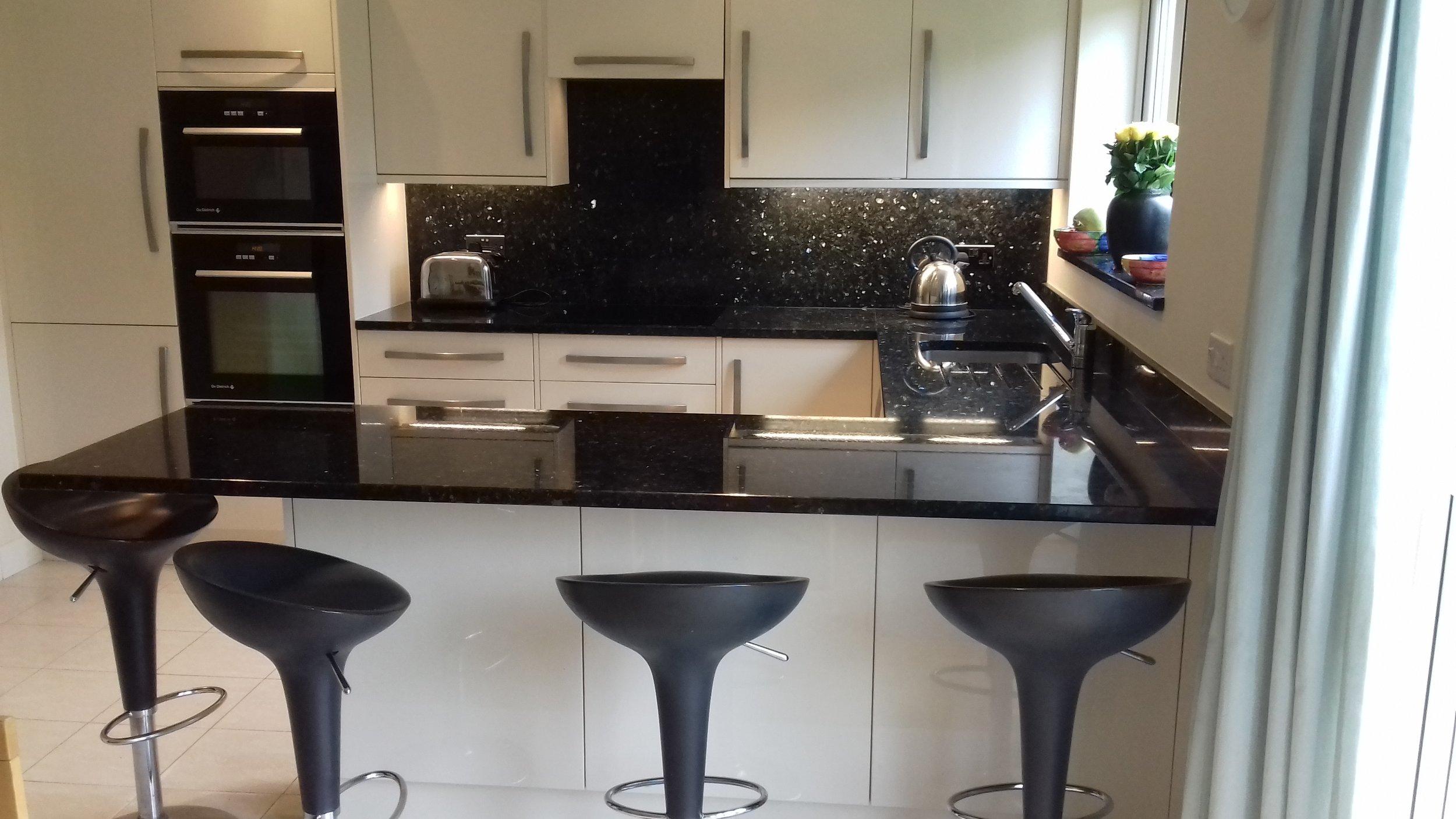 Kitchen20170528_142230.jpg