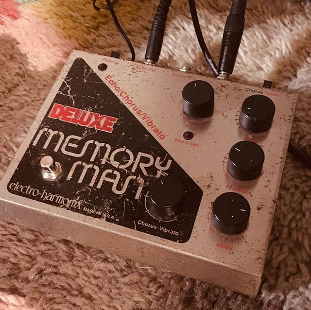 Found this beauty having not used it for a while. Totally stunning ... will need to incorporate into next clutch of tunes @ehx #memoryman