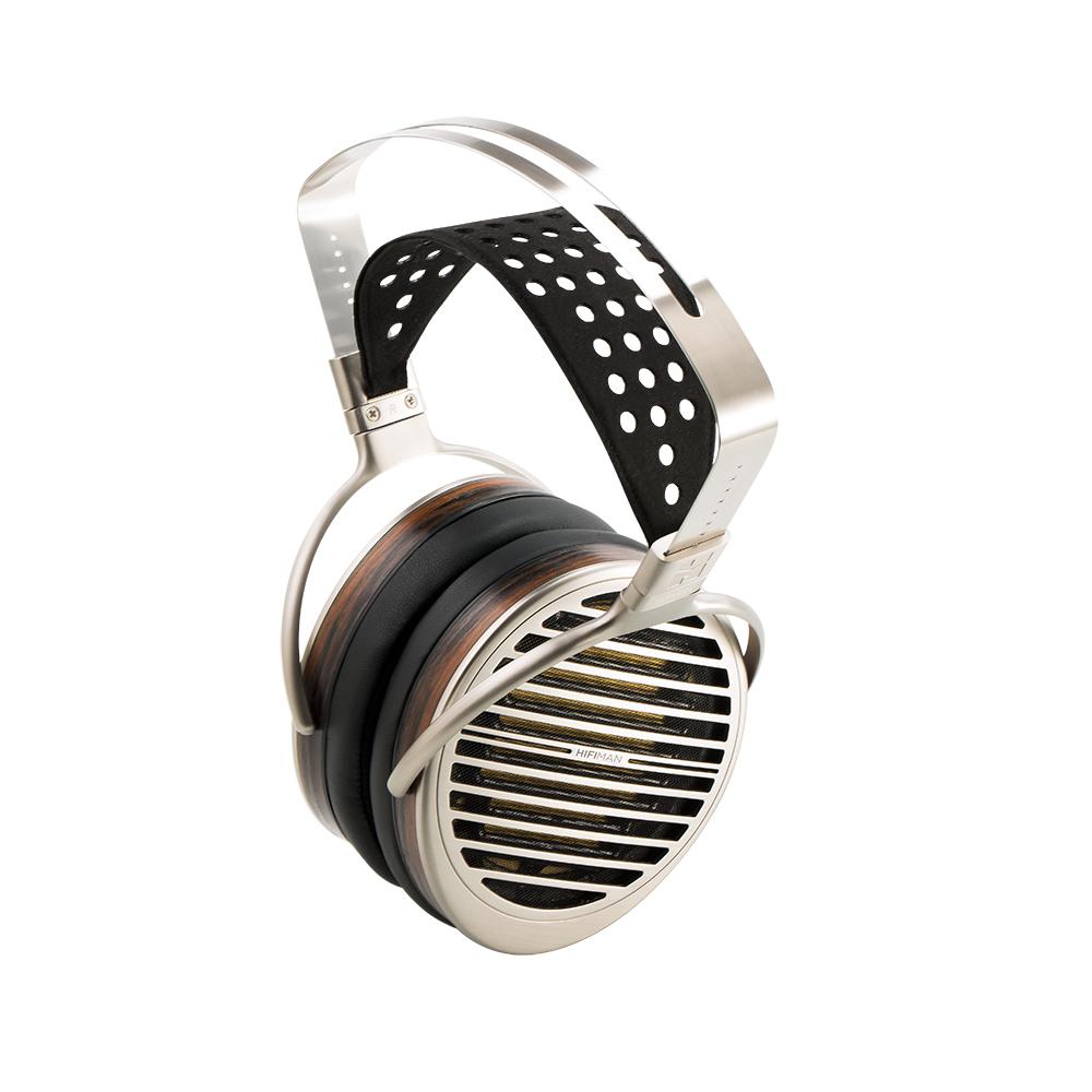 okolo uší (OVER-ear) -