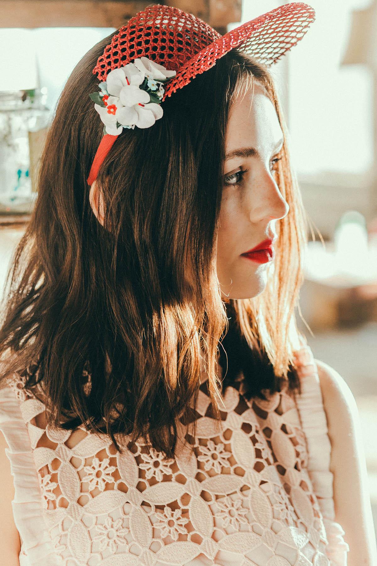 We-Are-Flowergirls_Lookbook_Flowercrown_Blumenkranz_SS17_c_Lupi-Spuma_Web_07.jpg