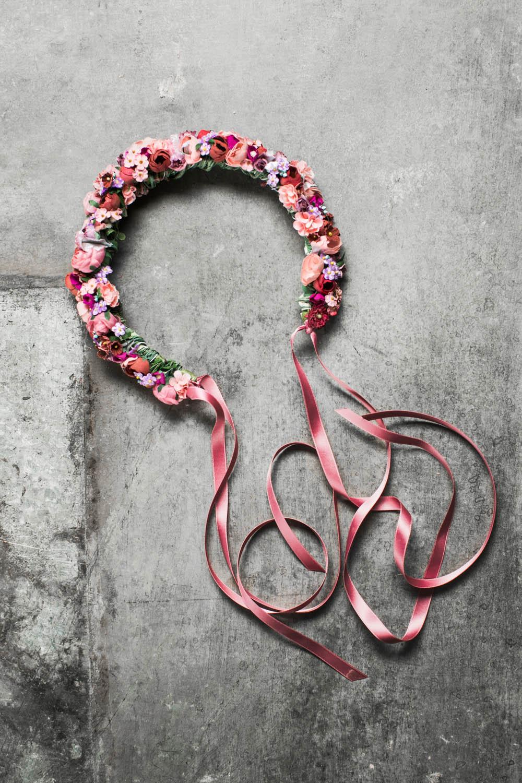 We-Are-Flowergirls_Flowercrown_Blumenkranz_SS17_c_Lupi-Spuma_03.jpg