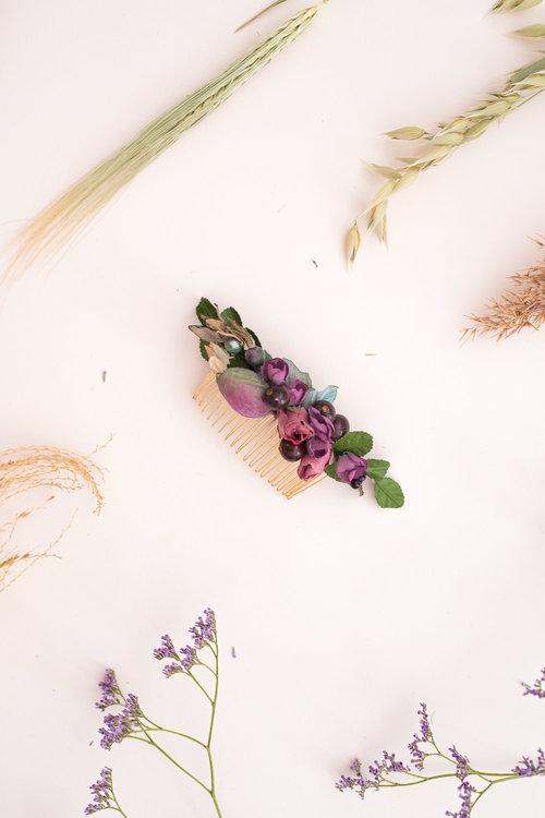 We-Are-Flowergirls_Trachten-Collection_Flowercrown_[L1010238].jpg