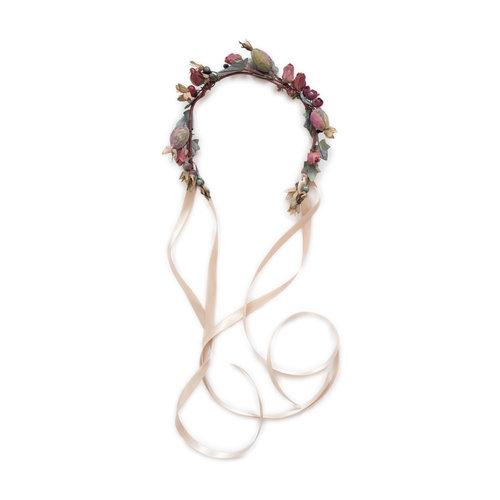 We-Are-Flowergirls_Trachten-Collection_Flowercrown_[L1030116-1].jpg