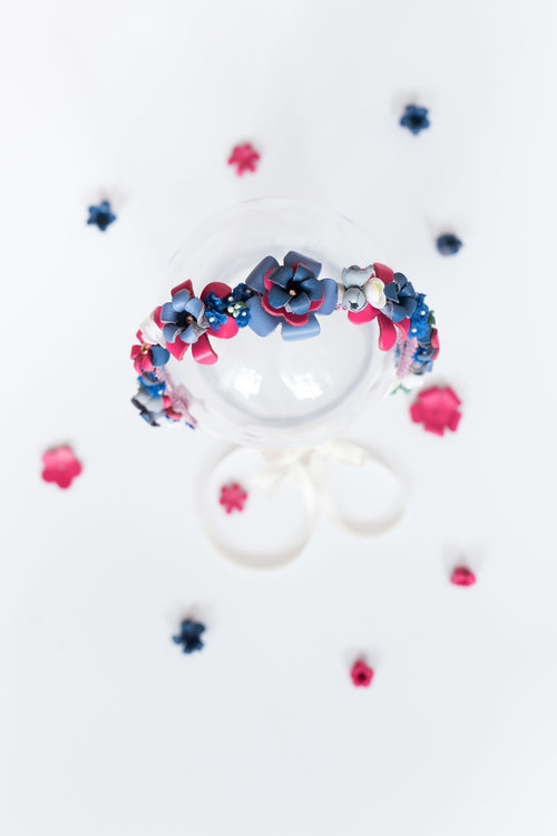 We-Are-Flowergirls_Designer-Edition_SS17_Marina-Hoermanseder_Flowercrown_MARINA_[L1030127].jpg