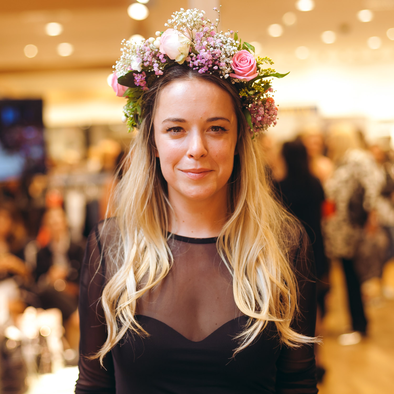 We-Are-Flowergirls_Designer-Edition_SS17_Marina-Hoermanseder_Flowercrown_MARINA_[_MG_3766].jpg