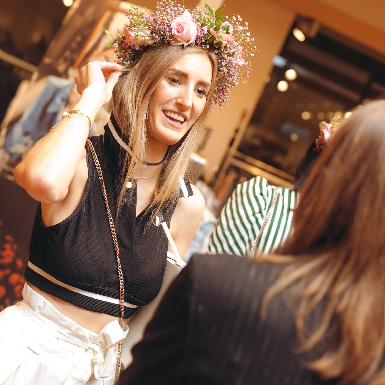 We-Are-Flowergirls_Designer-Edition_SS17_Marina-Hoermanseder_Flowercrown_MARINA_[_MG_3894].jpg