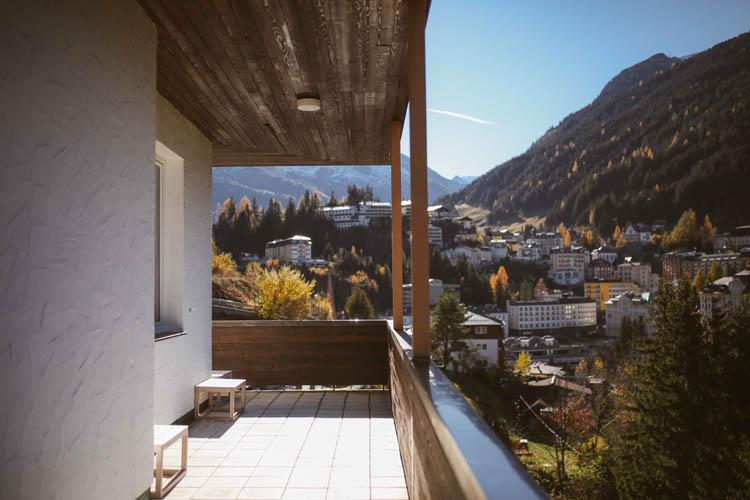 designhotel-miramonte-bad-gastein-outside-charlotte-stoffels-3.jpg