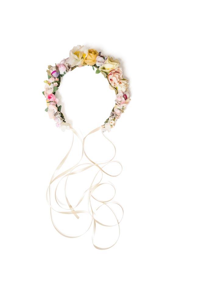 WeAreFlowergirls-Weddingcrown-Flowercrown-Amalia-€109.jpg