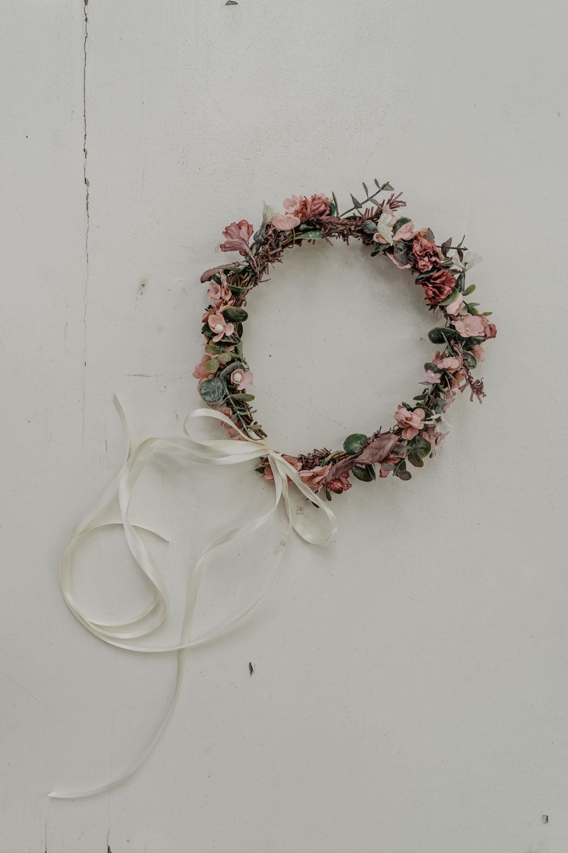 WeAreFlowergirls_X_NinaWro_Trachten_Dirndl-Designer_Edition_2019_Flowercrowns-26.jpg