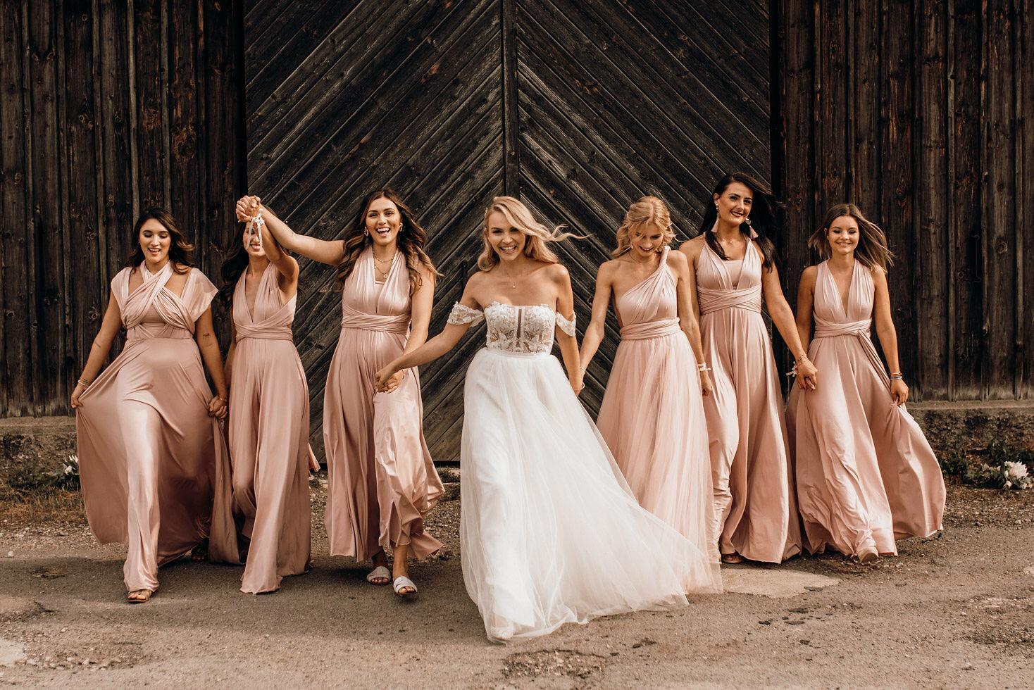 We-Are-Flowergirls-Bridesmaids-Dresses-Bride-PATRIZIA-PALME-©Beloved-Photography-10.jpg