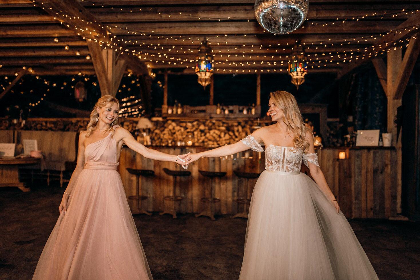 We-Are-Flowergirls-Bridesmaids-Dresses-Bride-PATRIZIA-PALME-©Beloved-Photography-14.jpg