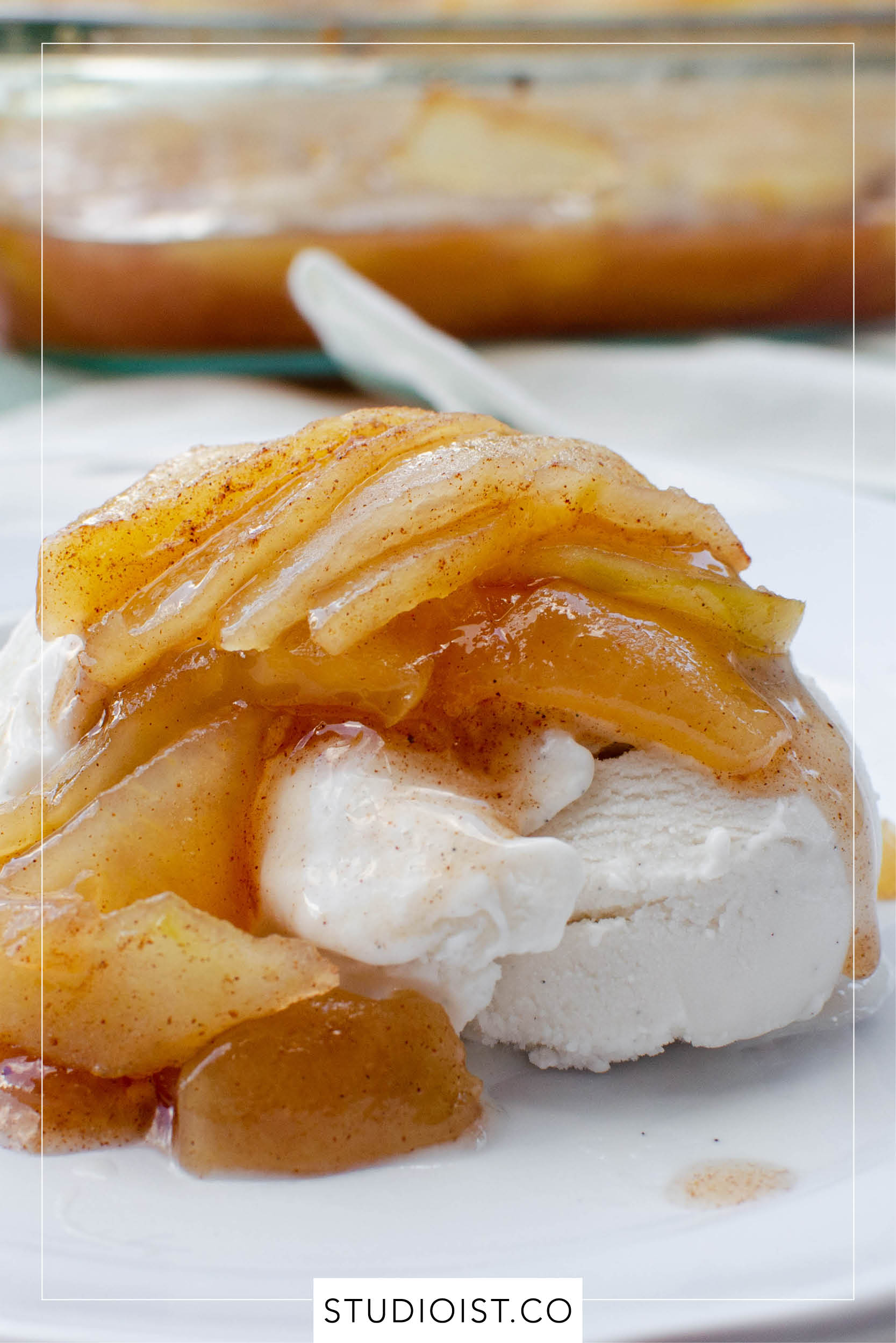 Studioist_Pinterest Design_Baked Cinnamon Apples2.jpg