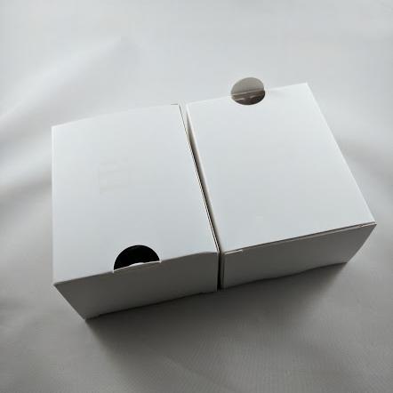 5 Box Contents 3.jpg