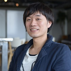 tomohiko_akimoto_sq.jpg