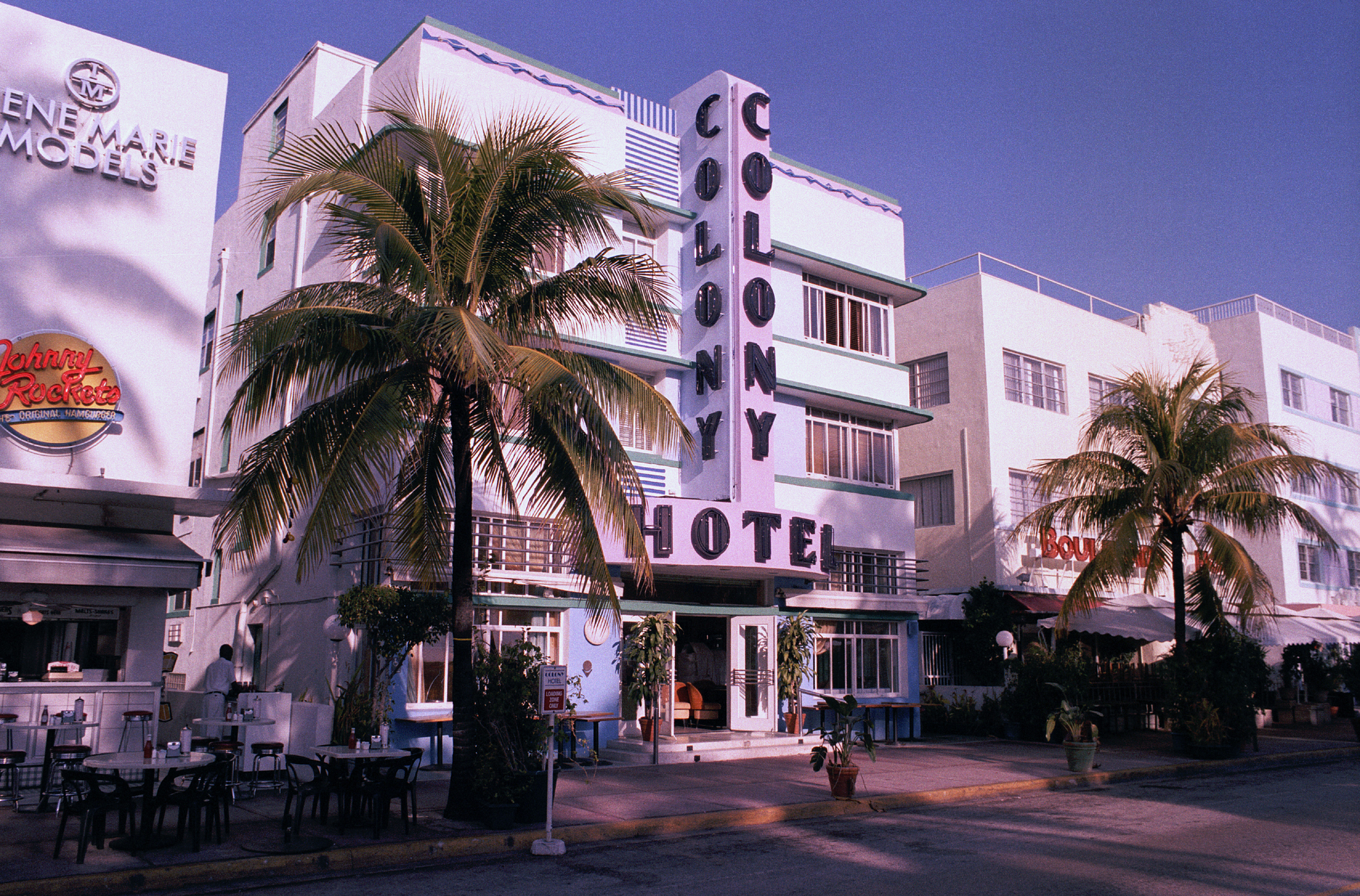Art Deco District in Miami Source: CC BY-SA 2.0 de, https://commons.wikimedia.org/w/index.php?curid=340480