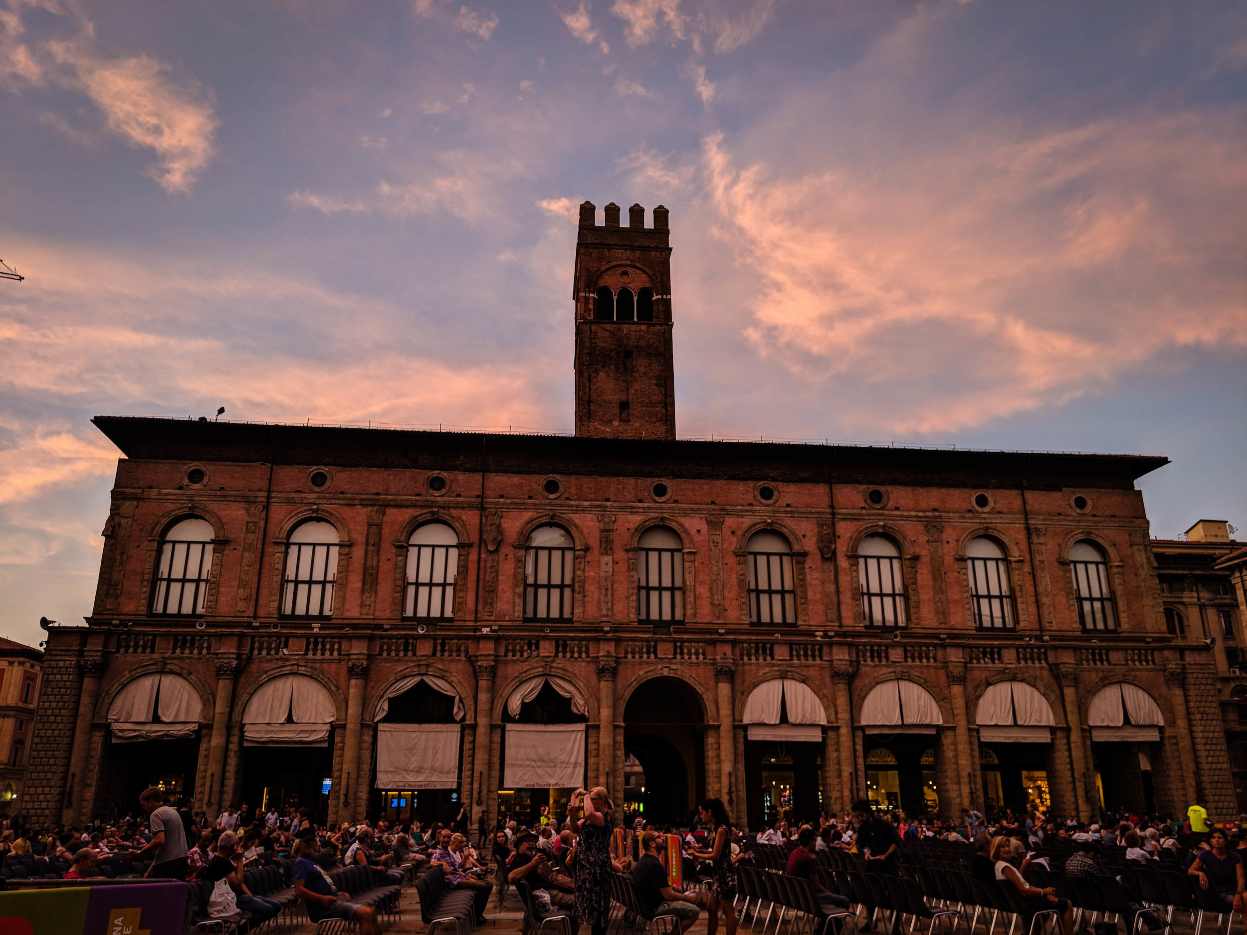 Piazza Magiore, part of the Bologna Itinerary