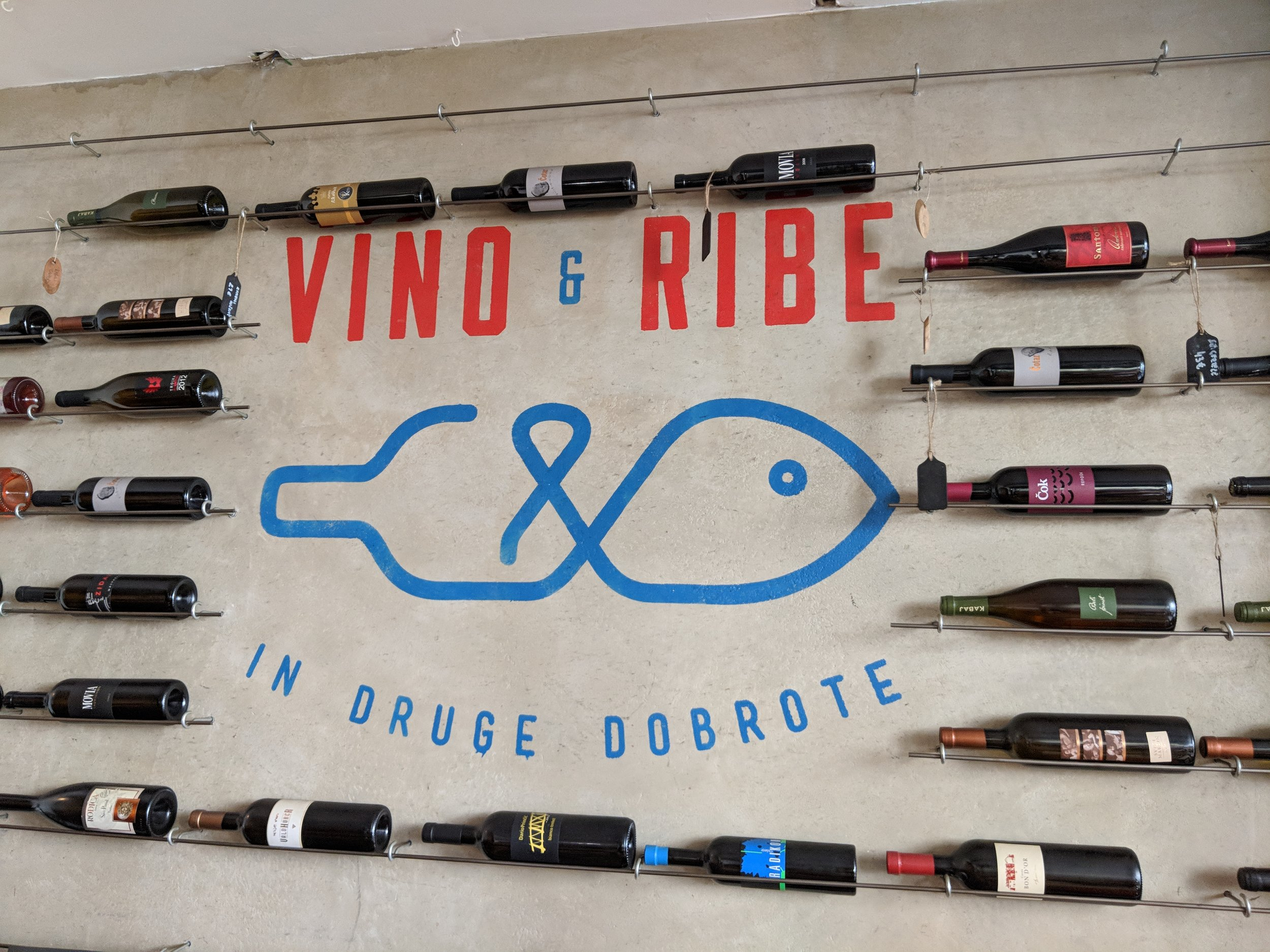 Vino & Ribe a stop at the Food tour Ljubljana - a review of Bitemojo