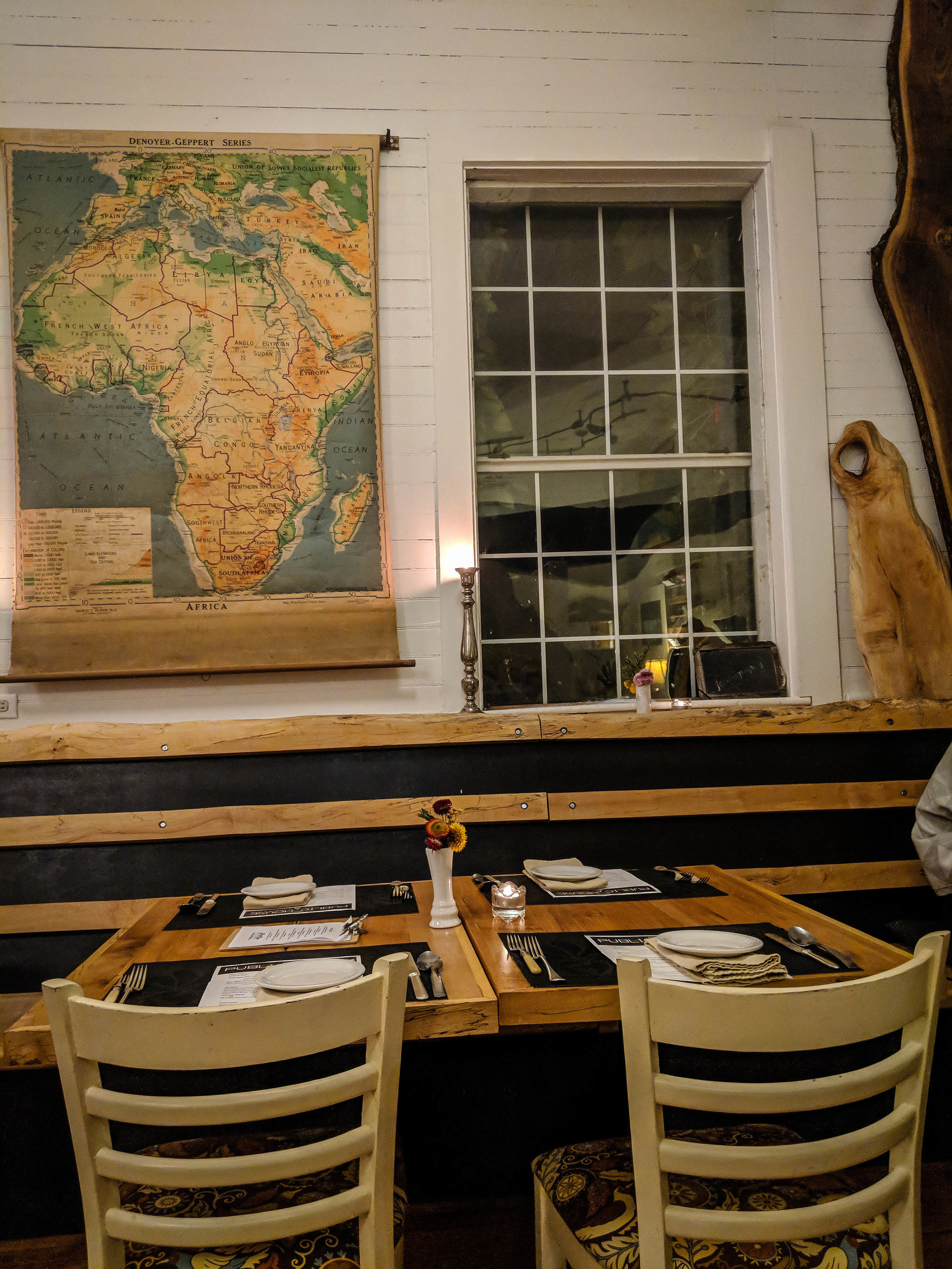 Public house restaurant - Things to do in Prince Edward County