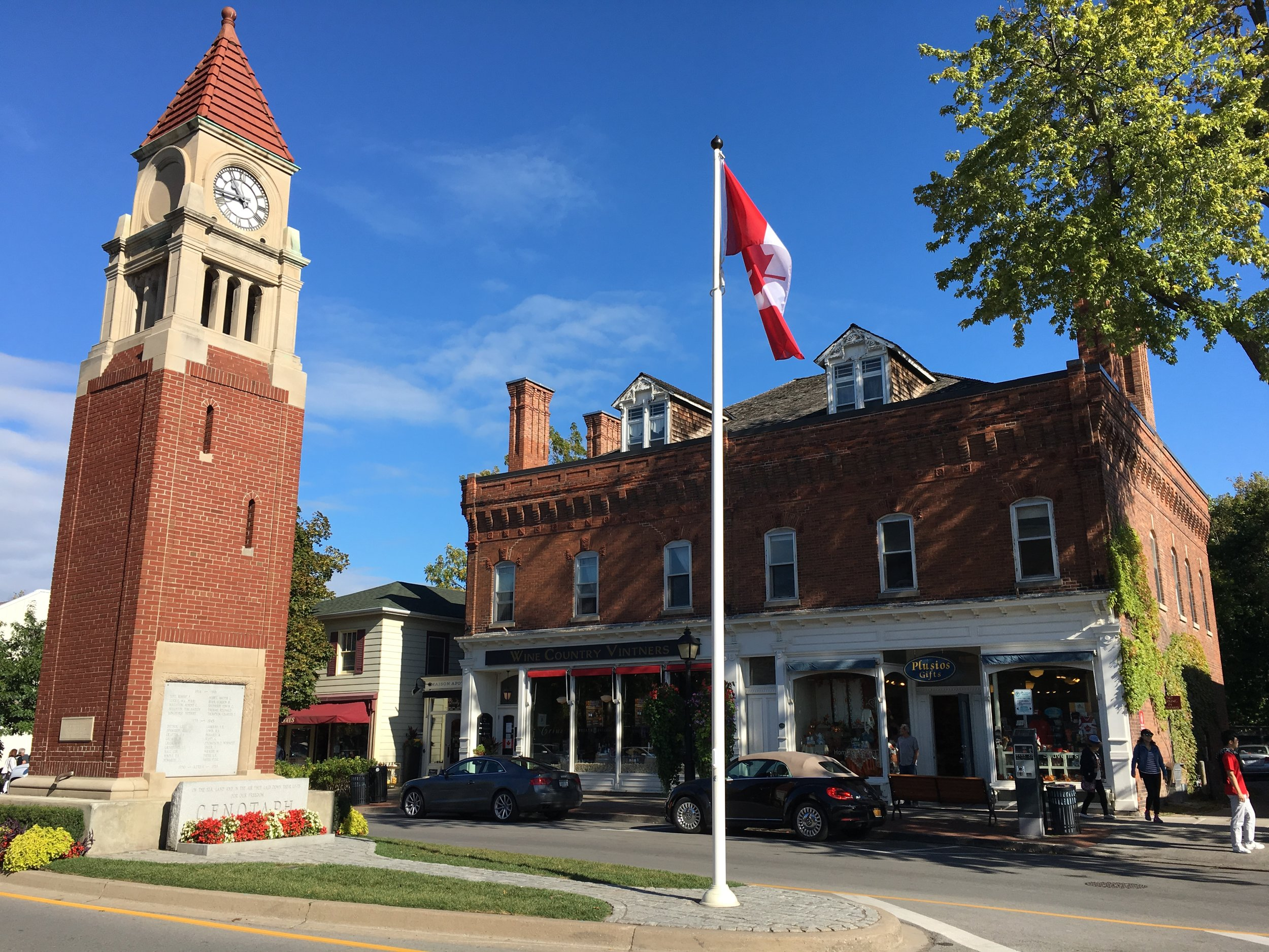 Town of Niagara on the Lake - trips from Montreal