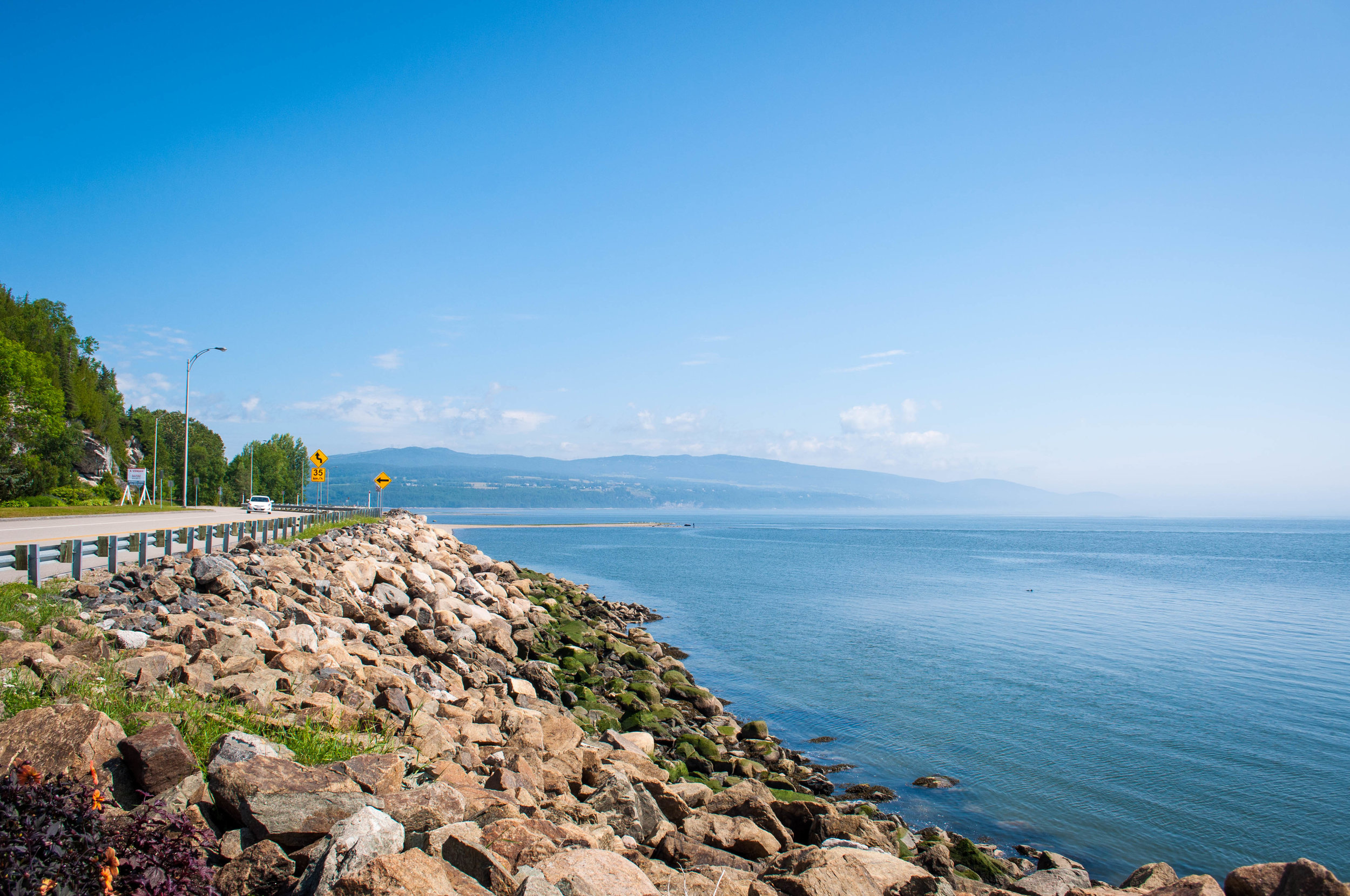 Charlevoix scenic drive, mountains and river