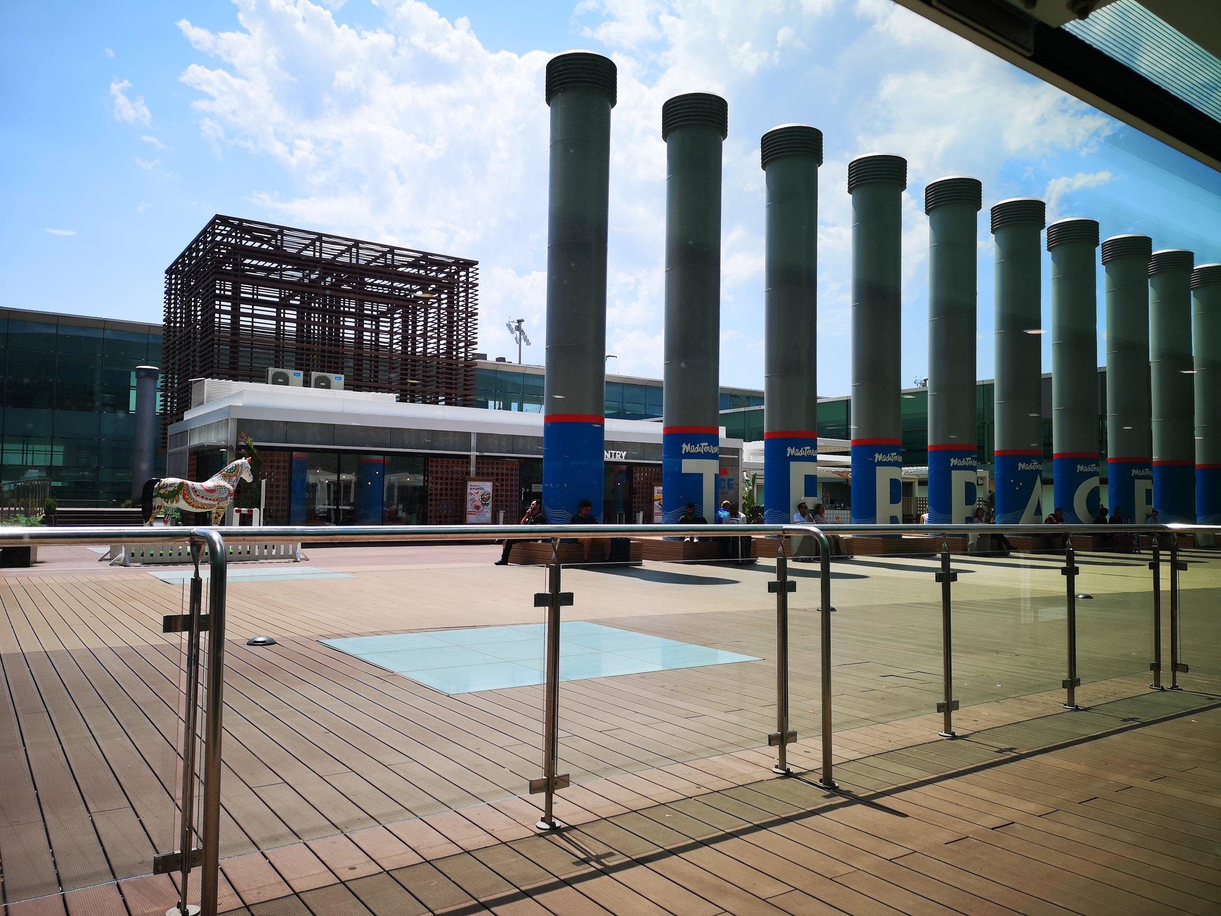Bcn airport outdoor patio.jpg