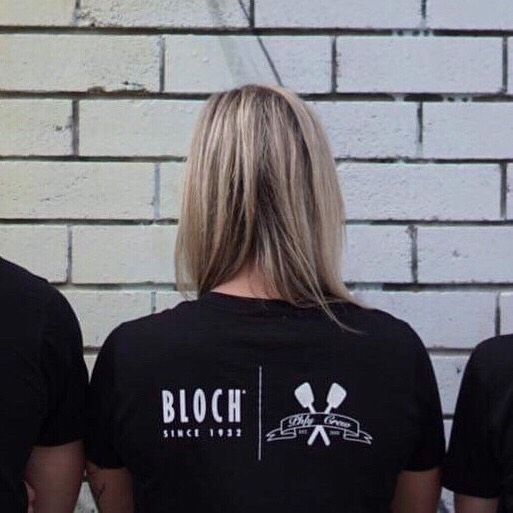 Phly Crew are so excited about our new t-shirts from @blochau How cool are they! 📸 @hannystewart  #blochau #blochaustralia #dancers #phlycrew #sponsor #tshirts #somethingnew