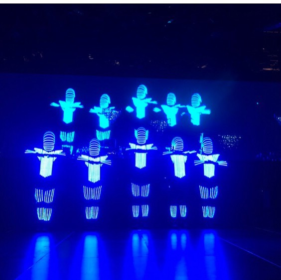 EMERALD BALL 2019⠀ Phly Crew performing for a killer crowd at the annual charity ball for the Westmead's Childrens Hospital. ⠀ ⠀ 👽 @led_dancers_australia⠀ ⠀ #dancers #robots #leddancers #LEDgends #iccsydney #phlycrew