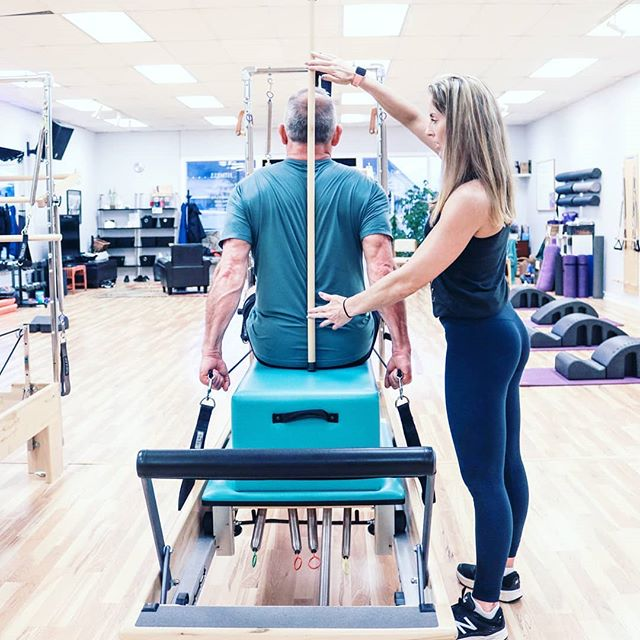 """A man is as young as his spinal column."" Classic quote from Joseph Pilates. At Verve, we're focused on strengthening our deep core and back muscles to promote better posture and alignment. Come get stronger with us!  Saturday Group Classes: 7:30a - P90X 9:00a - Barre  #vervepilates #fitness #phoenix #medford #southernoregon #oregon #josephpilates #pilates #pilatesreformer #pilatesmat #nutrition #p90x #barreabove #barre #groupfitness"