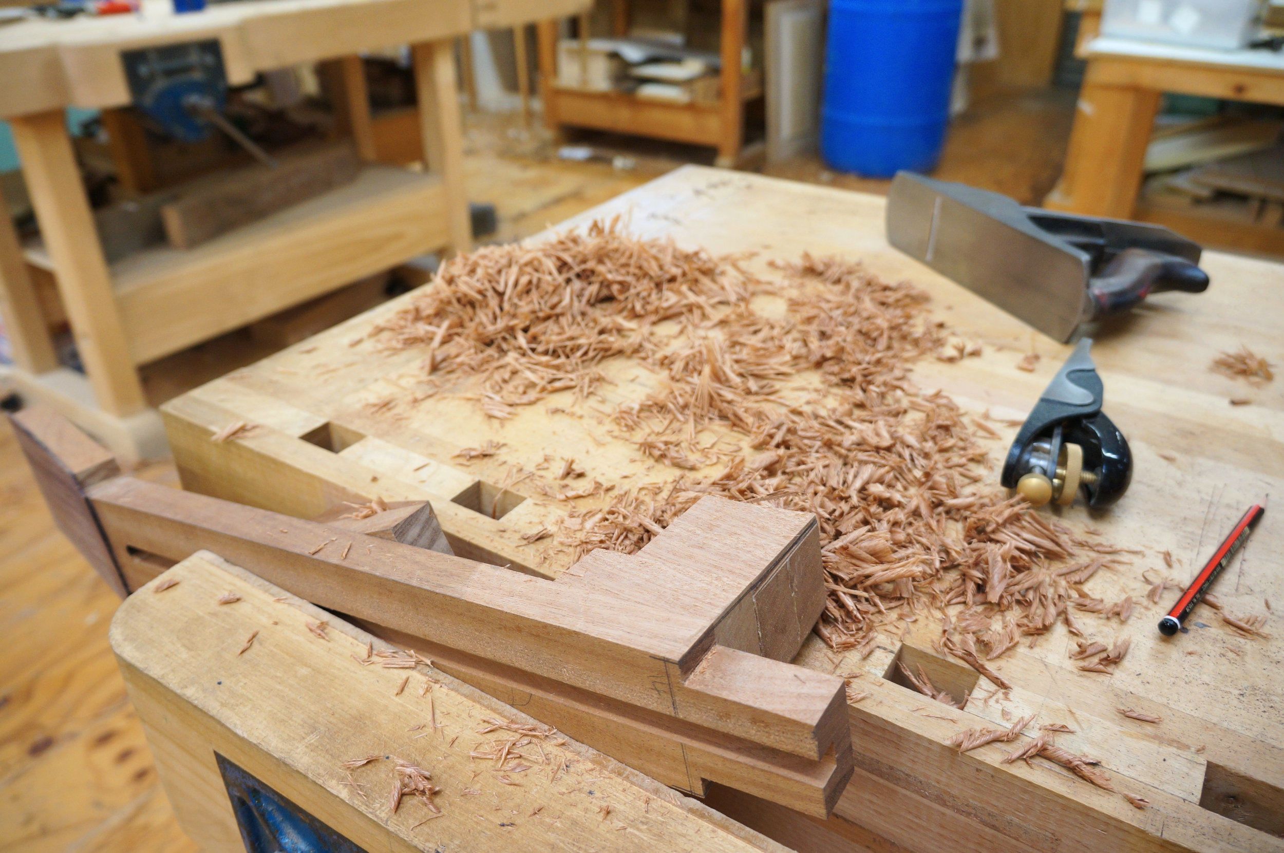 planing tapers into the sides of the heel before marking for fitting to body.JPG