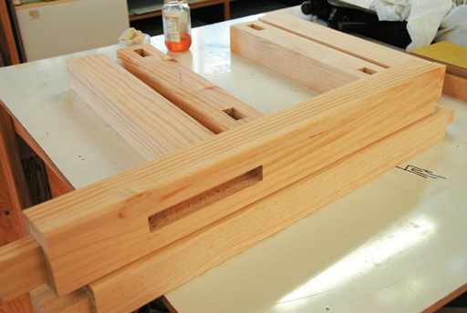 Bench stand and rails