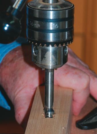 Drilling the mortise using a Forstner bit