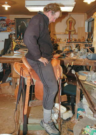 Graeme tries saddle for comfort