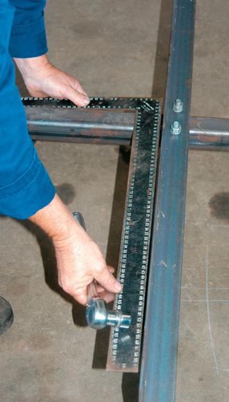 Square up angle iron