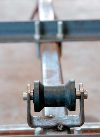 Keel rollers welded on