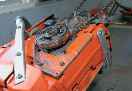 Setting chain in the sprcket