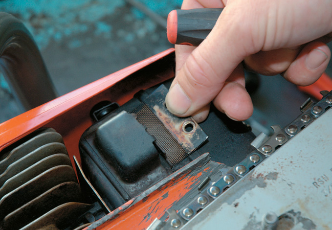 Replacing the spark arrester mesh