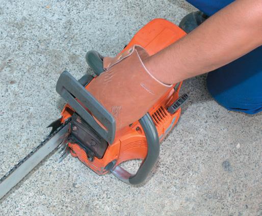 Mitts make the correct grip compulsory