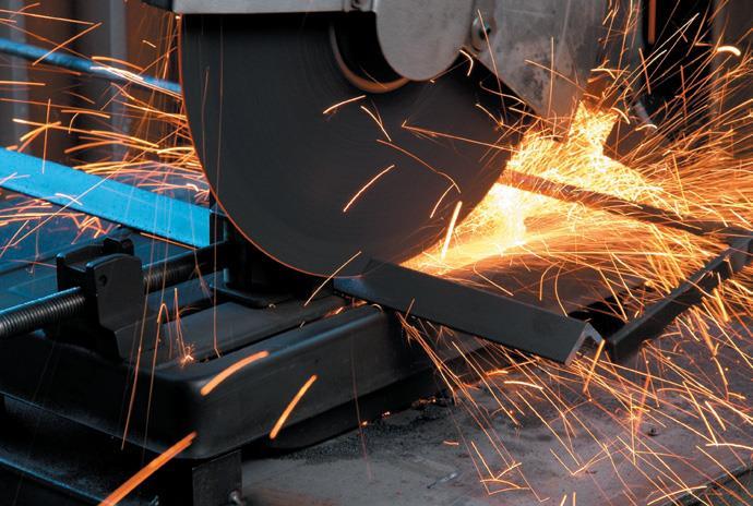 Cutting angle iron