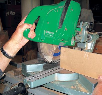 Setting blade angles on saw