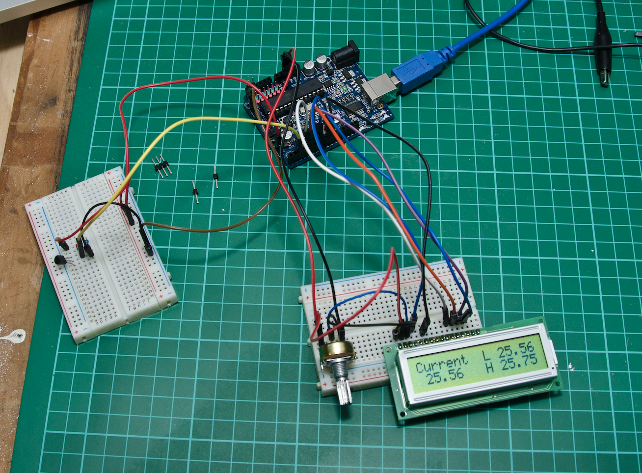 The layout for the standard LCD. Temperature sensor is on the breadboard to the left