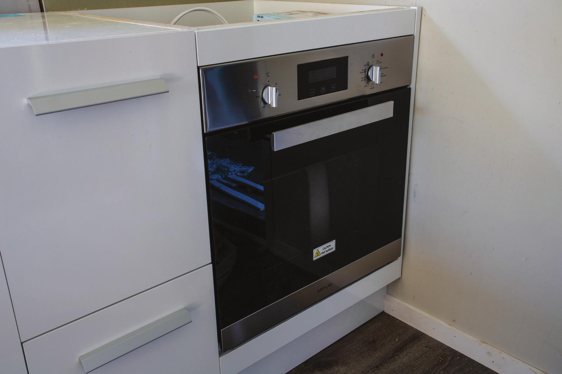 Shed_079_20180611_Installing-a-Kitchen-028.jpg