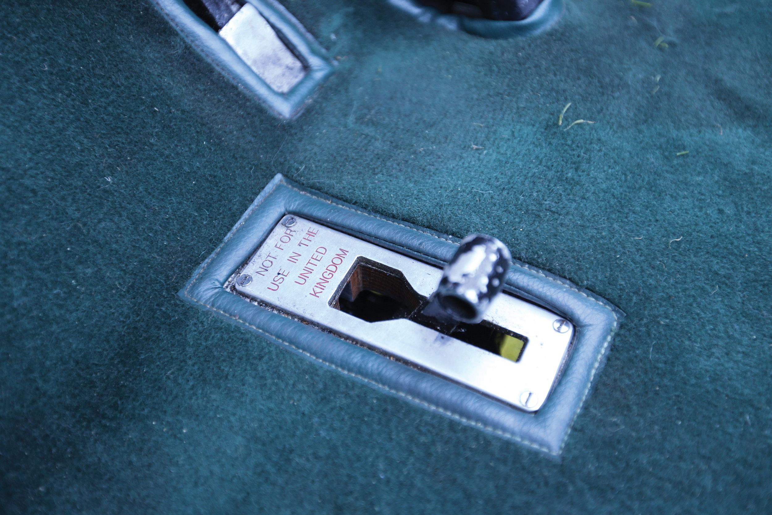 Pix 24 lever #2.jpg