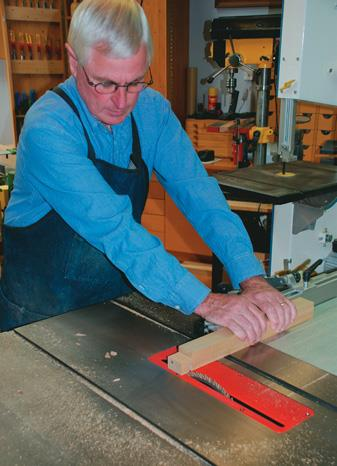Cutting the tenons on the saw bench.