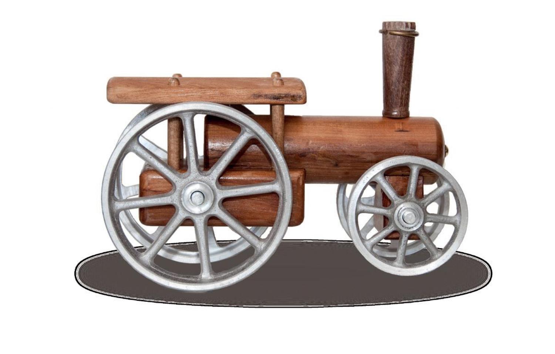 Model traction engine with aluminium wheels