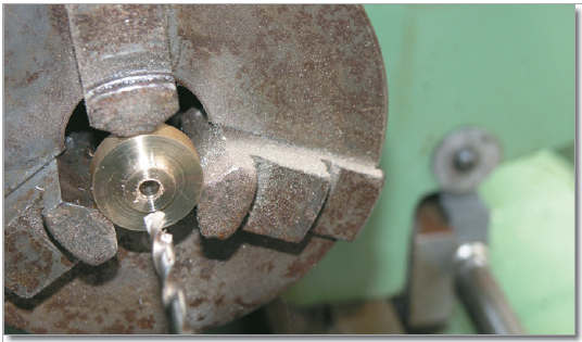 Creating the crank wheel.
