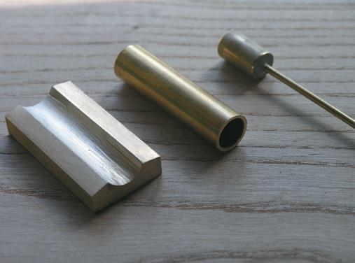 Saddle, cylinder and piston.