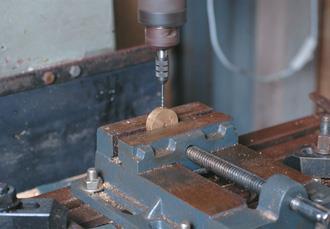 Drill crank wheel for grub screw.