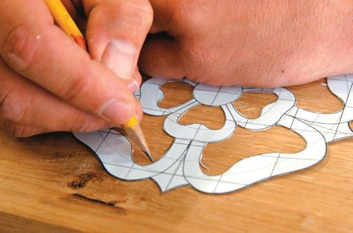 Trace design on wood